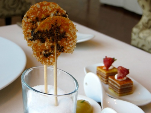 Olive lollipops at Olivo